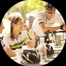 Q cyclists round