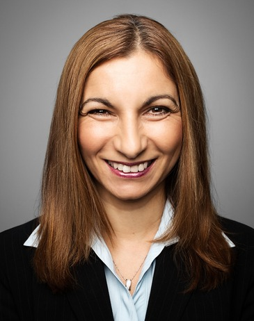 Vivianne khoury   executive director  commercial lending pricing and strategy  ib m 1427852598